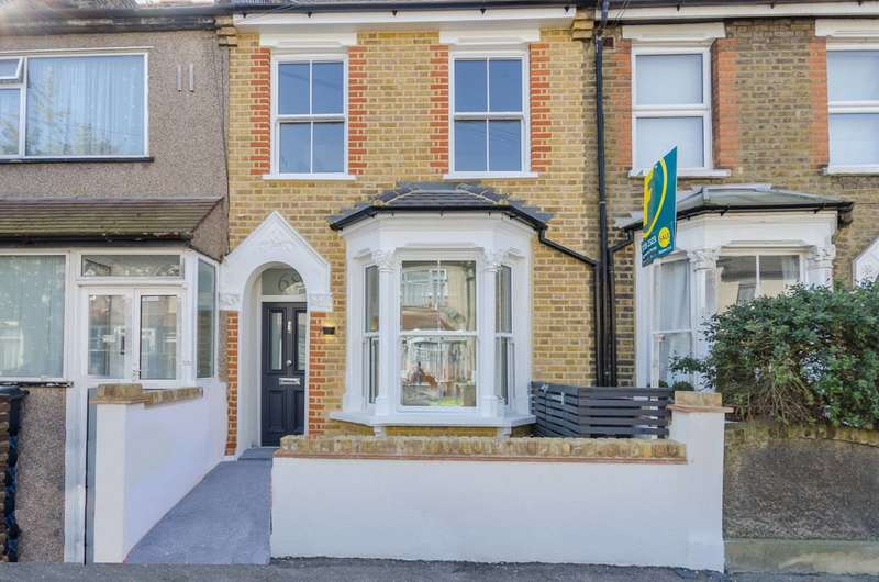 4 Bedrooms Terraced House for sale in Lancaster Road, Walthamstow, E17