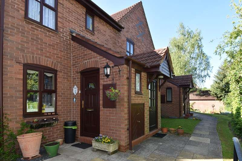 2 Bedrooms Retirement Property for sale in Hewell Road, Barnt Green, Birmingham