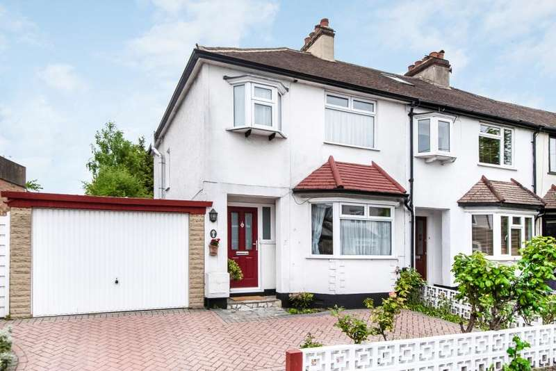 3 Bedrooms Semi Detached House for sale in Ditton Hill Road, Long Ditton, KT6