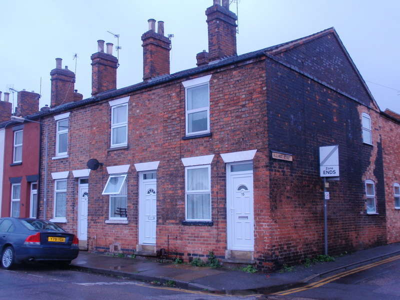 2 Bedrooms End Of Terrace House for sale in Newark, Lincoln Street