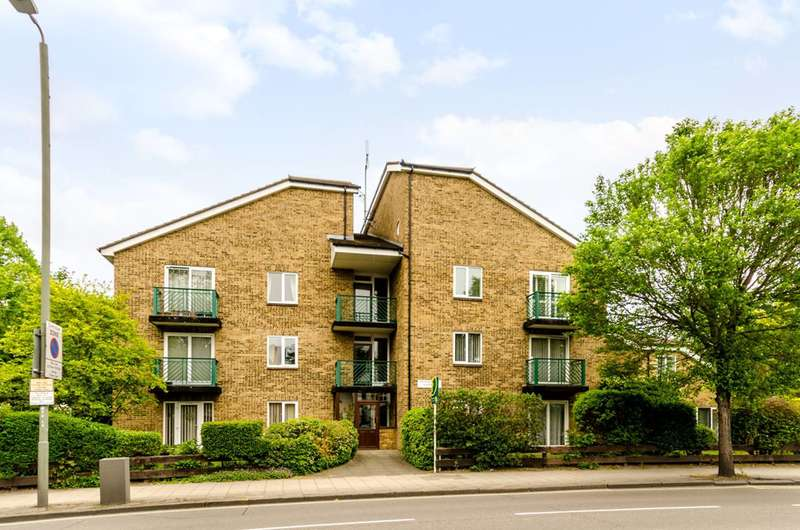 1 Bedroom Flat for sale in Widmore Road, Bromley, BR1