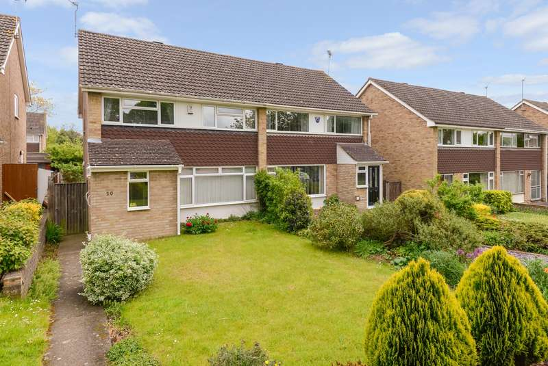 3 Bedrooms Semi Detached House for sale in Marston Drive, Maidstone, ME14