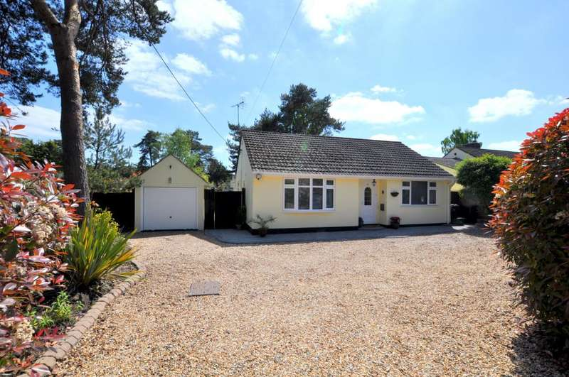 3 Bedrooms Detached Bungalow for sale in Sandy Lane, St Ives, Ringwood, BH24 2LG