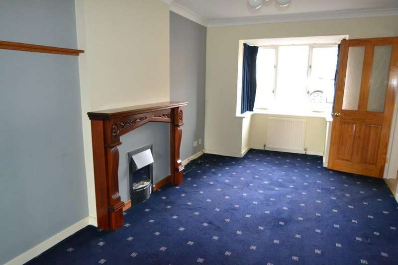 3 Bedrooms Detached House for sale in Richmond Rd, Upton, Pontefract