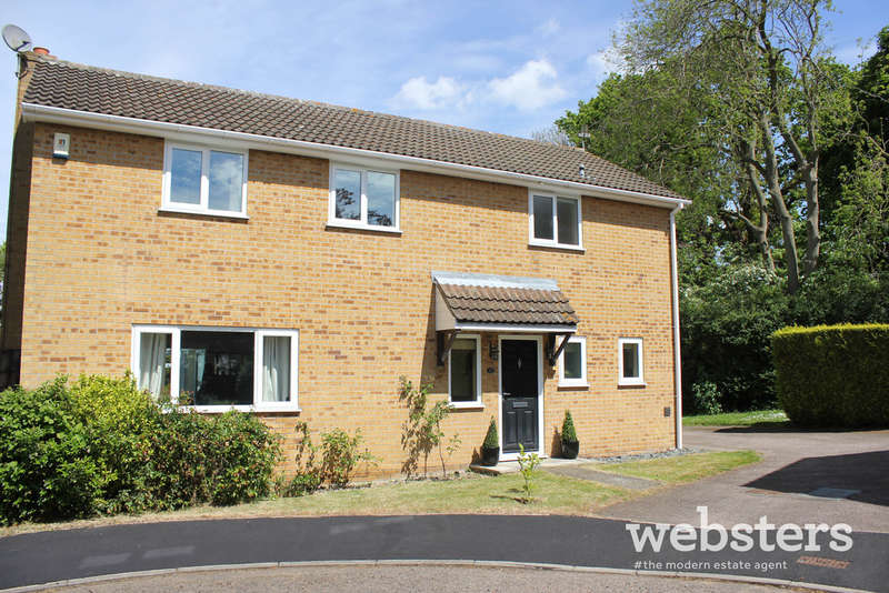 4 Bedrooms Detached House for sale in Blakeney Close, Norwich NR4