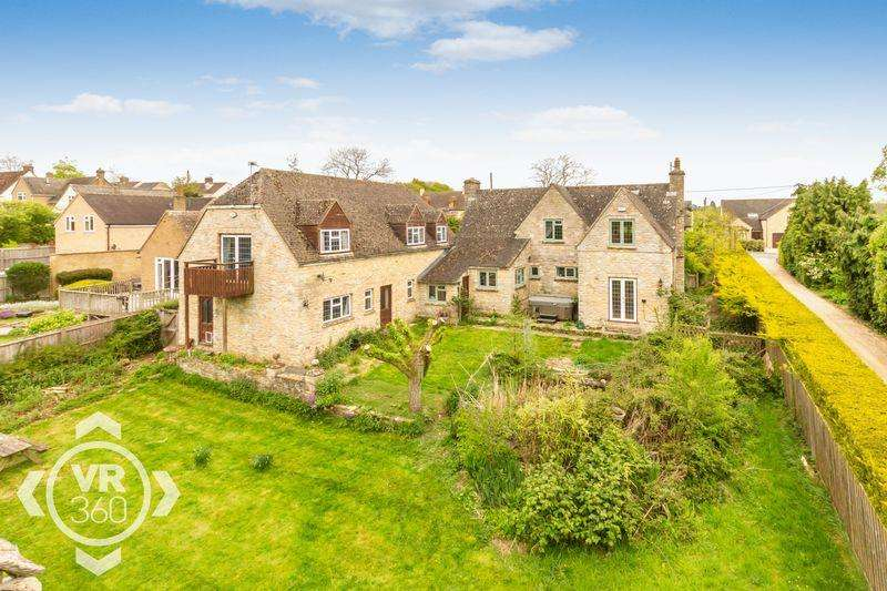 4 Bedrooms Detached House for sale in Cotswold Cottage, North Leigh
