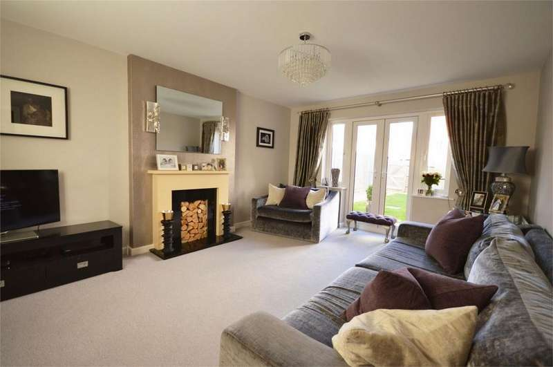 4 Bedrooms Detached House for sale in 112 Blenheim Square, EPPING, North Weald, Essex