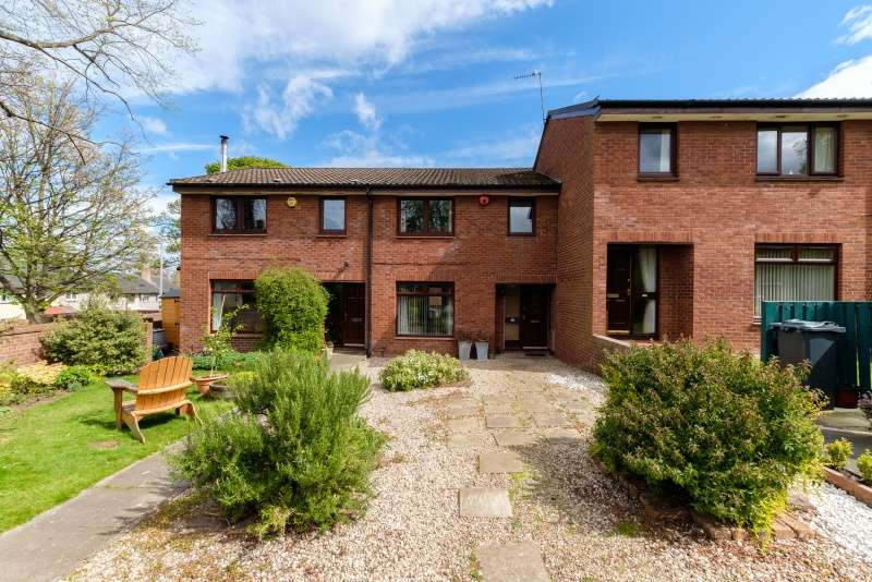 3 Bedrooms Villa House for sale in Nellfield, Liberton, Edinburgh, EH16 6DX