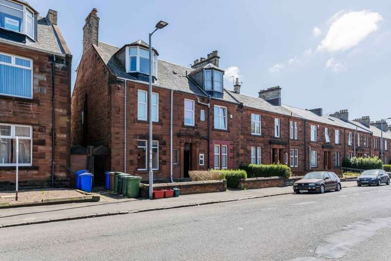 1 Bedroom Flat for sale in Fullarton Street, Kilmarnock, KA1 2QT