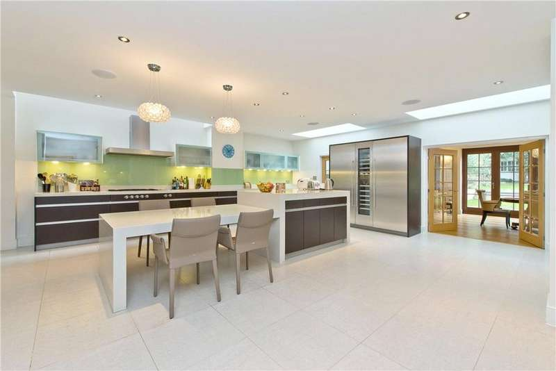 6 Bedrooms Detached House for sale in Roedean Crescent, Richmond, London, SW15