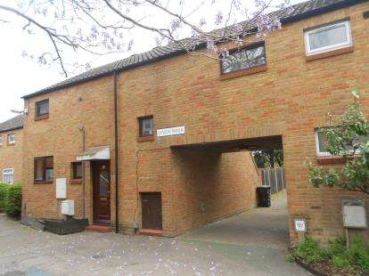 4 Bedrooms Terraced House for sale in Leven Walk, Bedford, Bedfordshire