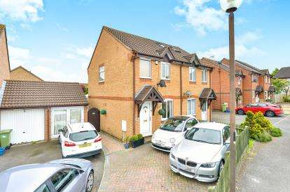 2 Bedrooms Semi Detached House for sale in Lastingham Grove, Emerson Valley, Milton Keynes, Buckinghamshire