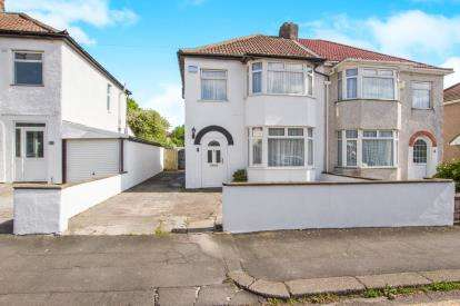 3 Bedrooms Semi Detached House for sale in Callicroft Road, Patchway, Bristol, Gloucestershire