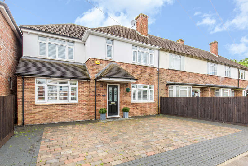 4 Bedrooms End Of Terrace House for sale in Claremont Close, South Croydon, CR2 9EQ