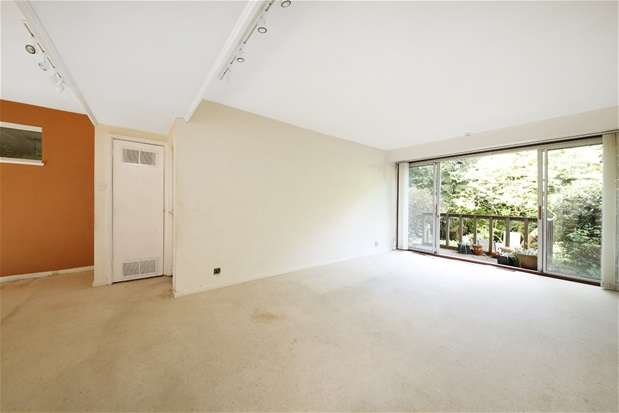 3 Bedrooms House for sale in Crouchmans Close, London