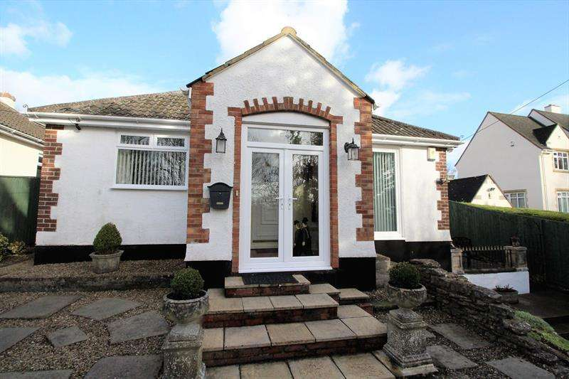4 Bedrooms Detached Bungalow for sale in Bristol Road, Radstock
