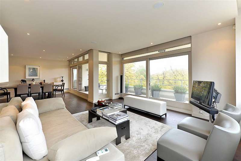 2 Bedrooms Flat for sale in Imperial Court, London, NW8