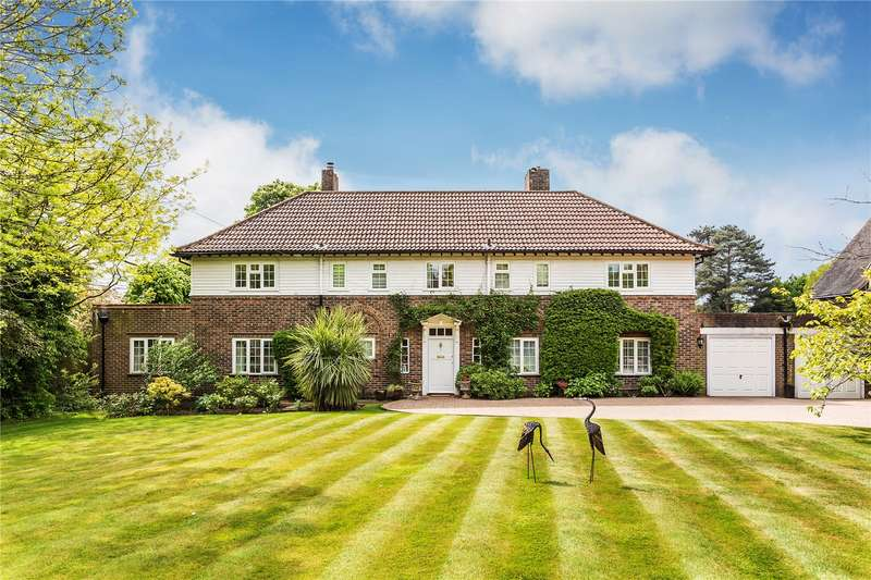 4 Bedrooms Detached House for sale in Manor Road, Reigate, Surrey, RH2