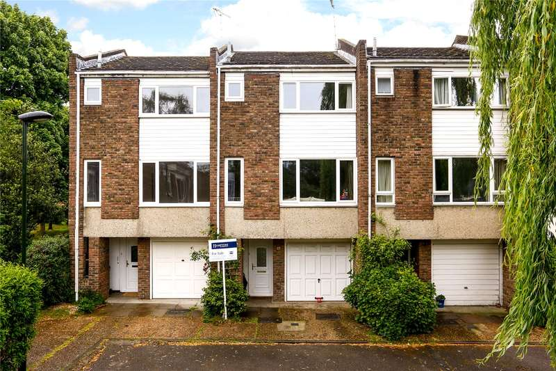 3 Bedrooms Terraced House for sale in Beard Road, Kingston upon Thames, KT2