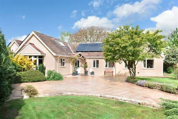 5 Bedrooms Detached Bungalow for sale in Corsley Heath, Corsley, Warminster