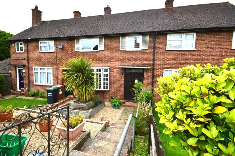 3 Bedrooms Property for sale in Ashburnham Drive, Watford, WD19