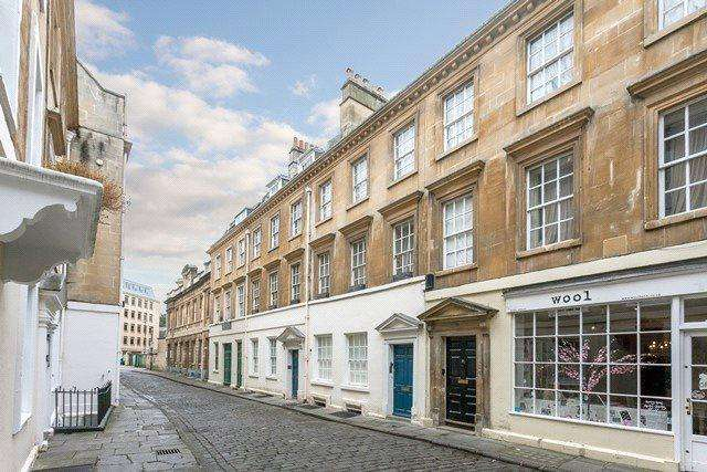 1 Bedroom Flat for sale in Old Orchard Street, Bath, BA1