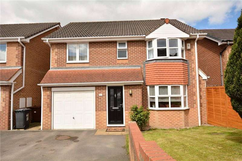 4 Bedrooms Detached House for sale in Moorland View, Rodley, Leeds, West Yorkshire