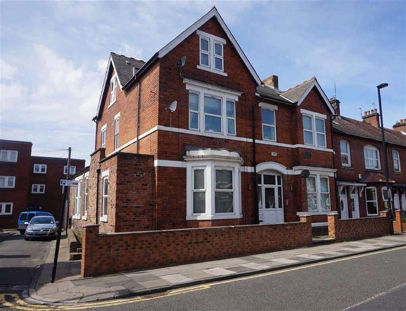 2 Bedrooms Apartment Flat for sale in Park Road, Wallsend, Tyne Wear, NE28