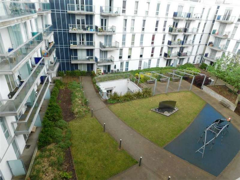 2 Bedrooms Flat for sale in Empire Way, Wembley, Greater London