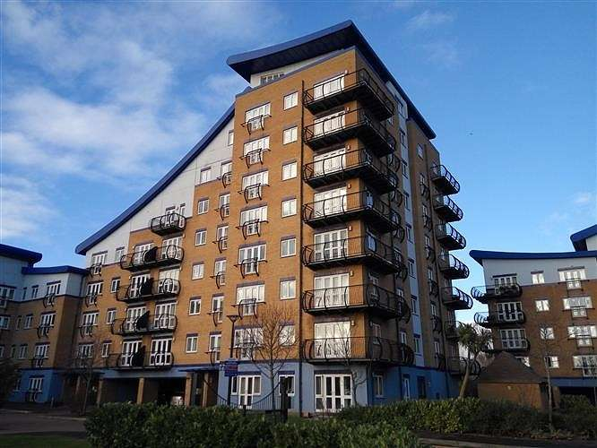 2 Bedrooms Apartment Flat for rent in Luscinia View, Napier Road, Reading, RG1