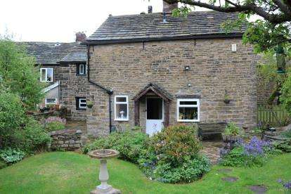 3 Bedrooms Semi Detached House for sale in Back Lane, Mottram, Hyde, Greater Manchester