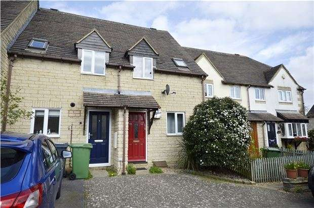 2 Bedrooms Terraced House for sale in Foxes Close, Chalford, Gloucestershire, GL6 8JZ