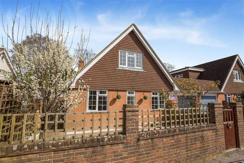 4 Bedrooms Detached House for sale in Midfields Walk, Mill Road, Burgess Hill, West Sussex