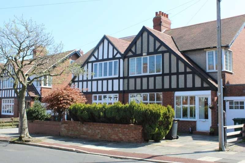 3 Bedrooms Semi Detached House for sale in St Marys Avenue, NE26 1TB