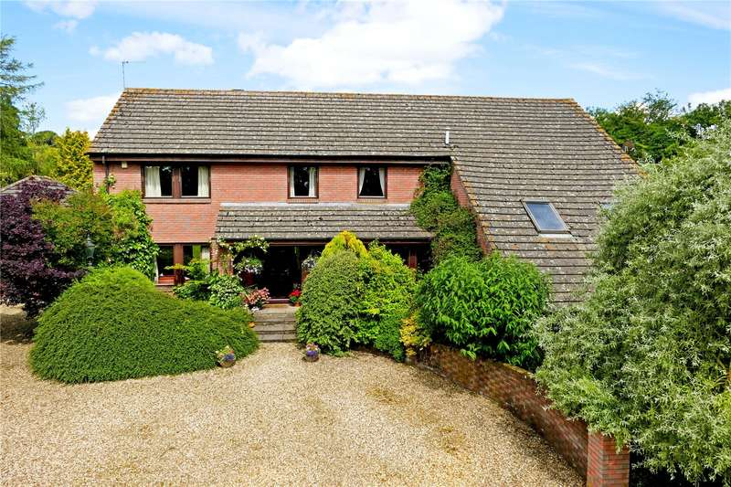5 Bedrooms Detached House for sale in Maddle Road, Upper Lambourn, Hungerford, Berkshire, RG17
