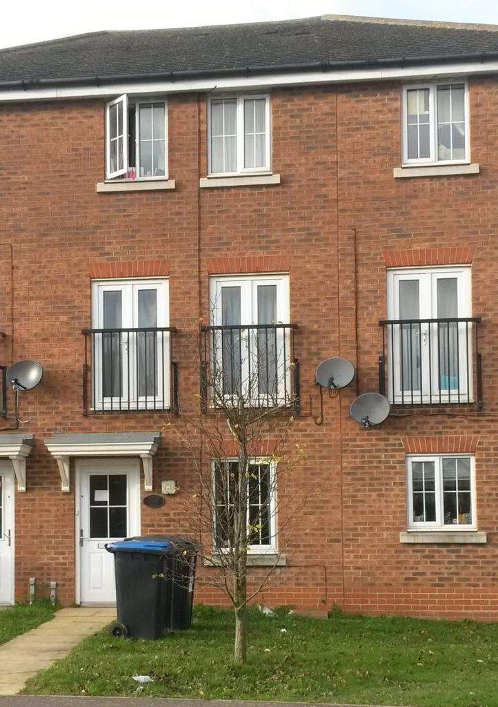 5 Bedrooms Terraced House for sale in Cunningham Avenue, Hatfield, AL10