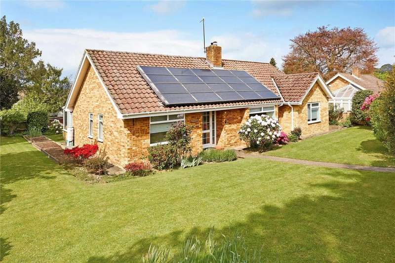 3 Bedrooms Detached Bungalow for sale in Humboldt Court, Tunbridge Wells, Kent, TN2