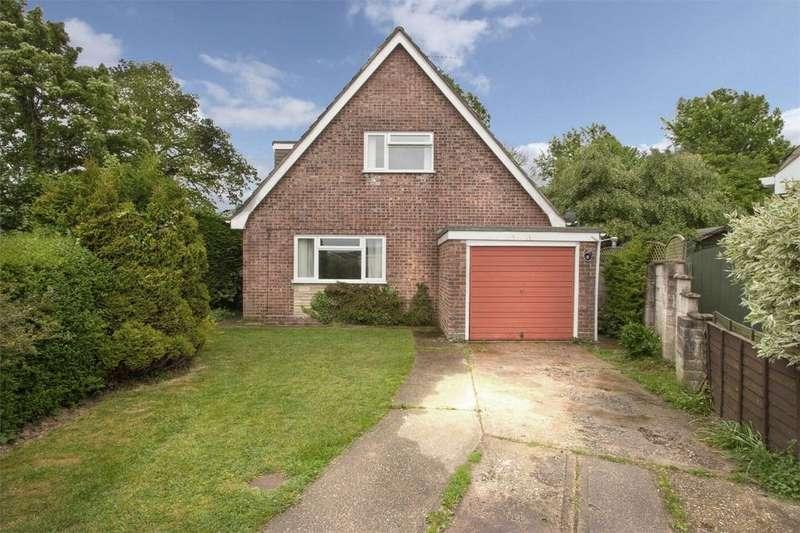 4 Bedrooms Chalet House for sale in Larkspur Court, Dereham, Norfolk