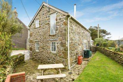 2 Bedrooms Barn Conversion Character Property for sale in St. Buryan, Penzance, Cornwall