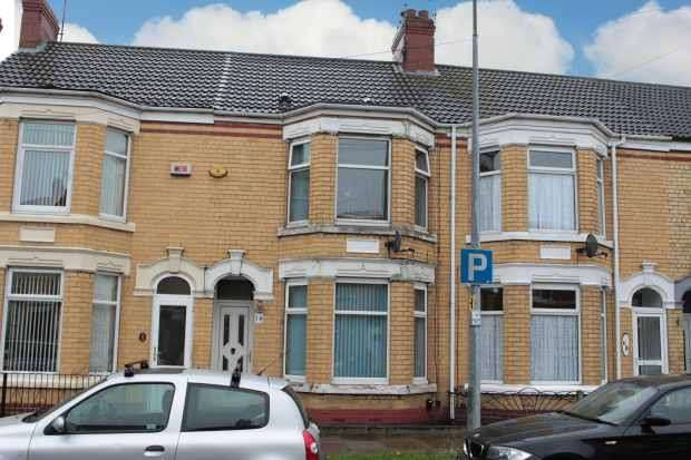 3 Bedrooms Terraced House for sale in Summergangs Road, Hull, North Humberside, HU8 8LP