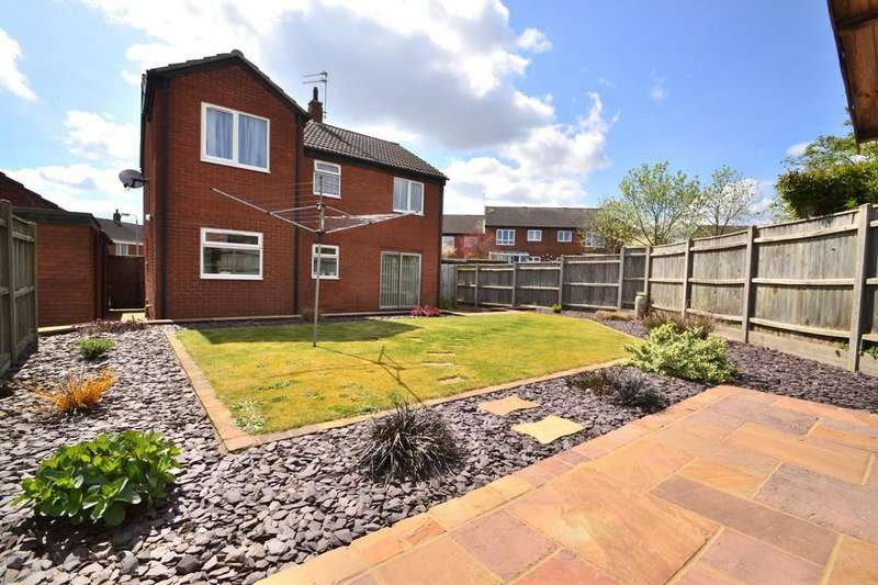 4 Bedrooms Detached House for sale in Cedar Avenue, Spixworth