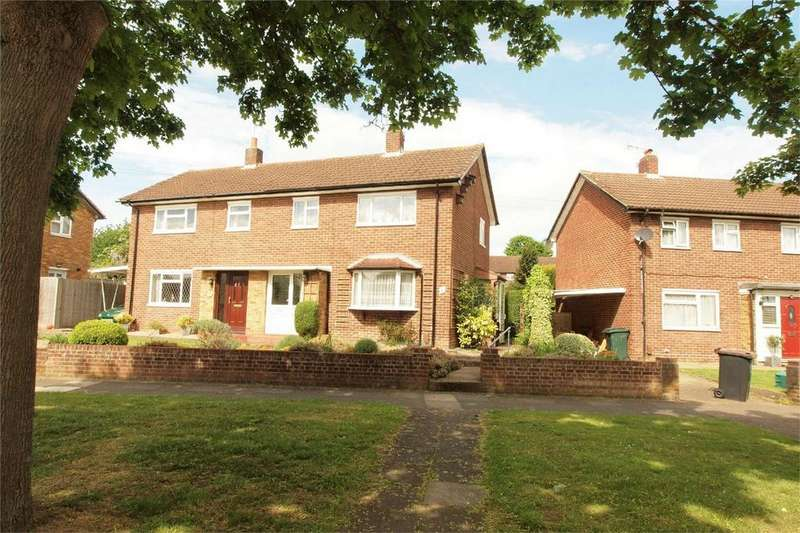 2 Bedrooms Semi Detached House for sale in Kingsdown Way, Hayes, Bromley, Kent