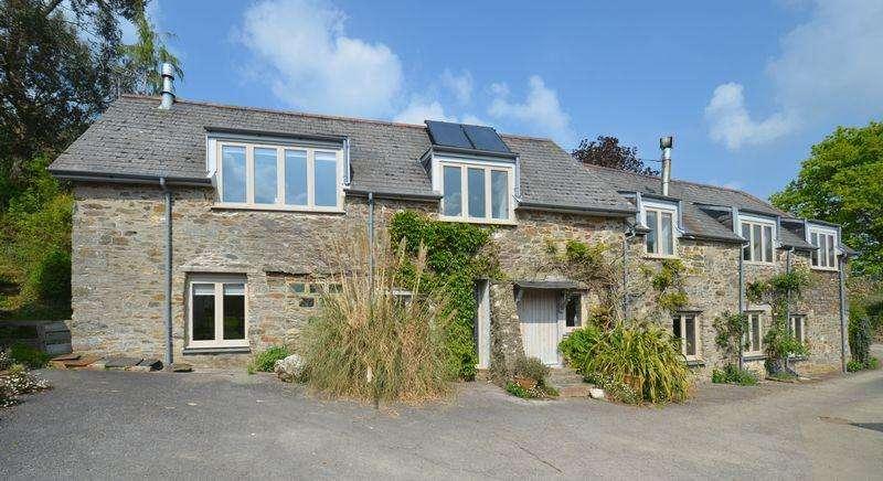 5 Bedrooms Detached House for sale in Dartington, Totnes