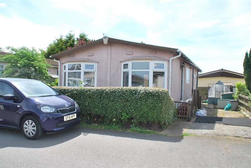 2 Bedrooms Park Home Mobile Home for sale in Marine Drive, HOO ST. WERBURGH