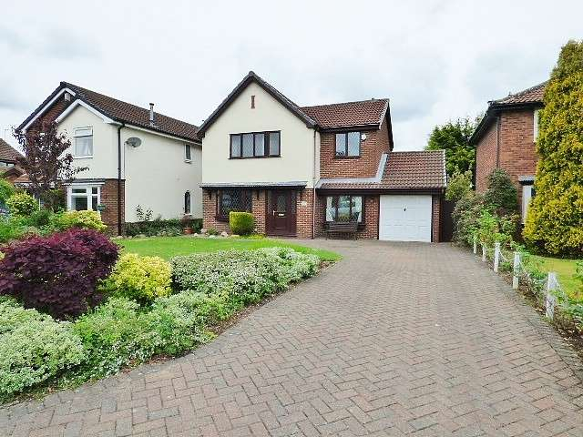 4 Bedrooms Detached House for sale in Barford Close, Westbrook, Warrington
