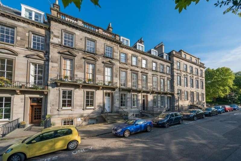 4 Bedrooms Flat for rent in Oxford Terrace, Edinburgh