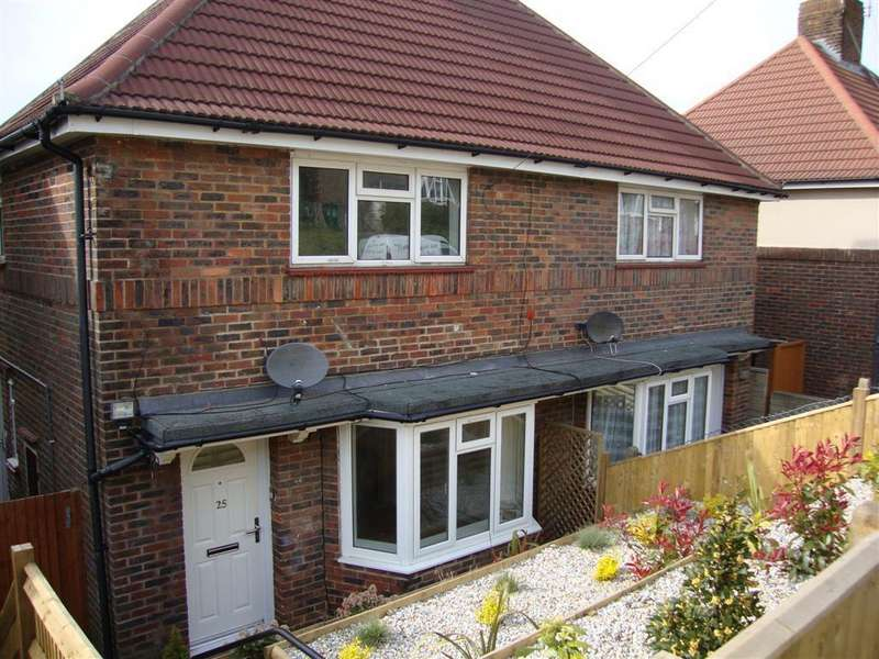 2 Bedrooms Semi Detached House for rent in Goodwood Way, Brighton