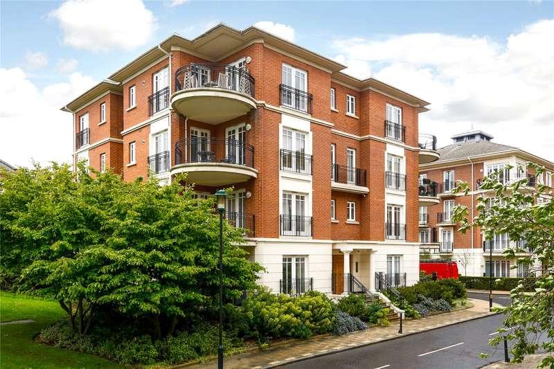 2 Bedrooms Flat for sale in Clevedon Road, Twickenham, TW1