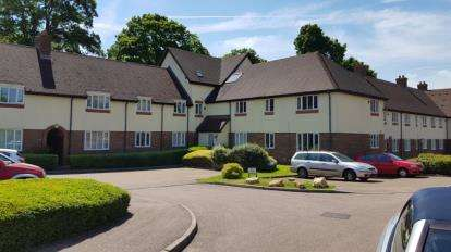2 Bedrooms Flat for sale in Gillison Close, Letchworth Garden City, Hertfordshire, England