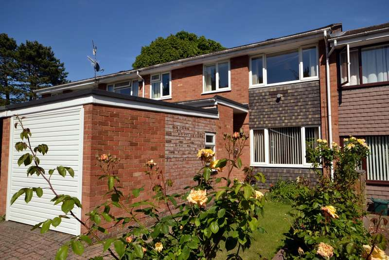 3 Bedrooms Terraced House for sale in Woking